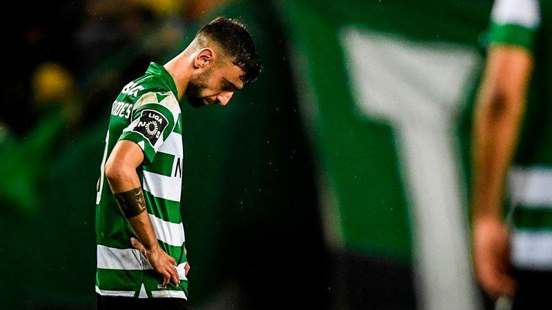 FARVEL MED DERBYTAP? Sporting-stjernen Bruno Fernandes så ut til å ha det tungt etter fredagens nederlag hjemme mot rivalen Benfica.