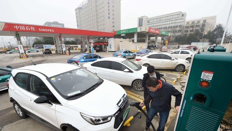 970.000 nye elbiler rullet ut på kinesiske veier i fjor. Det var en liten nedgang fra 2018, og med det et brudd på en trend som har vart lenge.