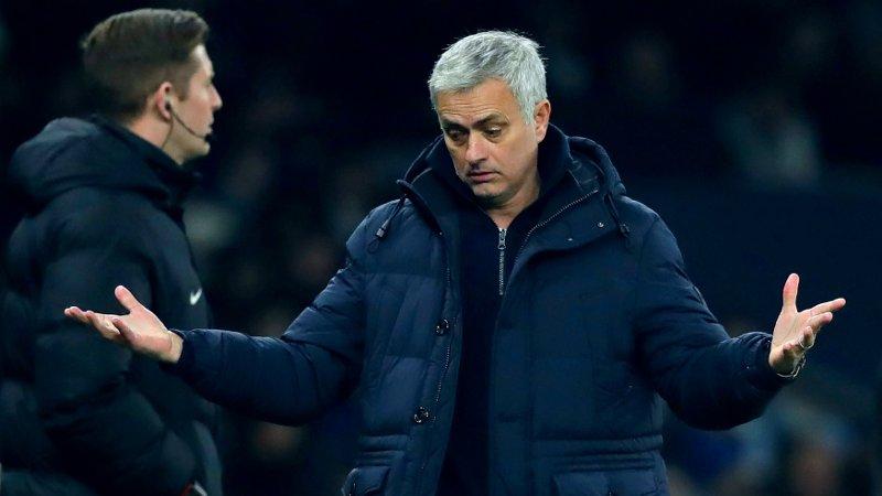 LITE Å RUTTE MED? José Mourinho må kanskje klare seg ut sesongen uten en erstatter for skadde Harry Kane. Eller får klubben tak i en kortsiktig løsning?
