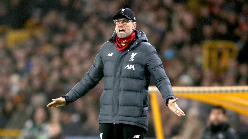 Liverpool manager Jurgen Klopp gestures on the touchline