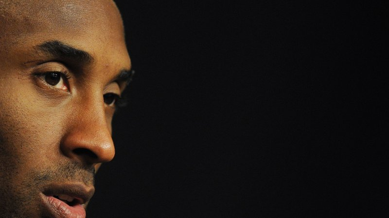 DØD: Flere amerikanske og internasjonale medier bekrefter at tidligere basketlegende Kobe Bryant har dødd i en helikopterulykke.
