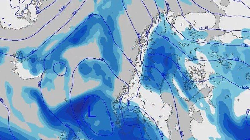 LAVTRYKK: Lavtrykk i sørlige deler av Skandinavia gir vått, hvitt og glatt vær i Sør-Norge.