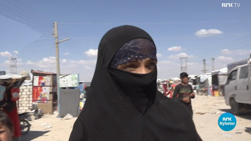 IS-siktet kvinne hentet til Norge fra Syria IS-kvinne IS-kvinnen