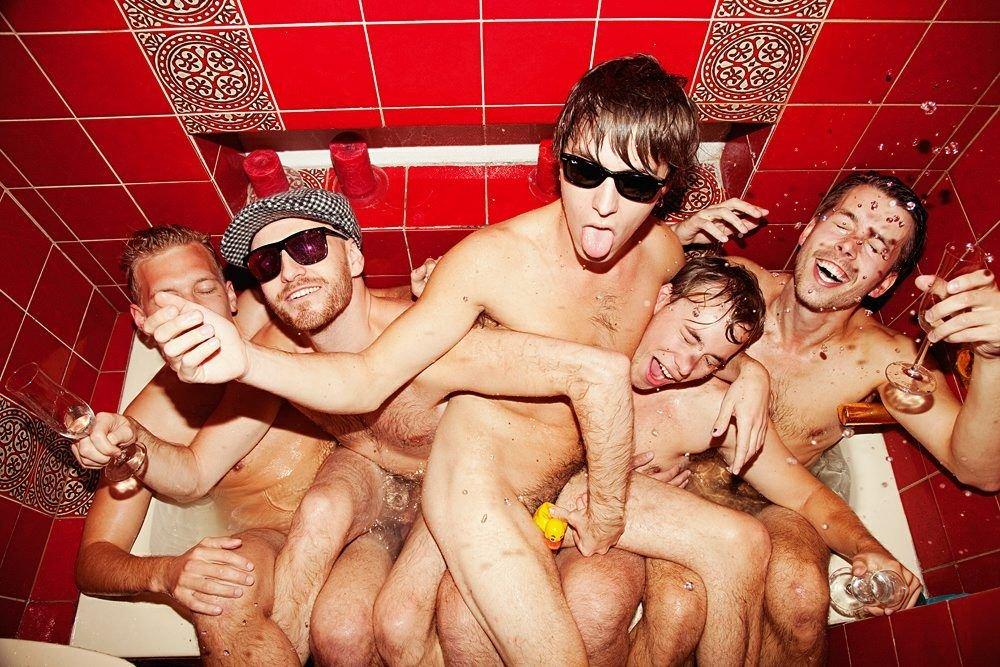 Bøsse norske gutter nakne single no