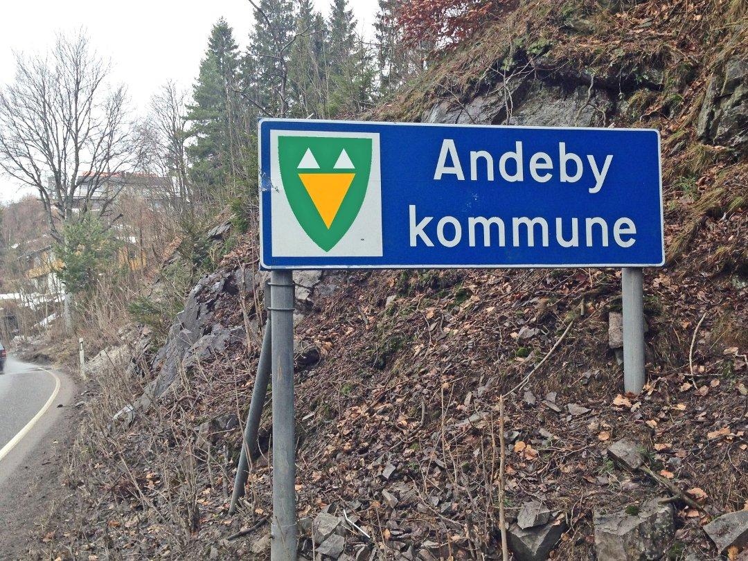kart over andeby Tønsbergs Blad   Andebu blir Andeby kart over andeby