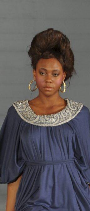 VAKKERT: Dette er en av kjolene som skal vises i Kongsberg kirke.FOTO: phelan marc