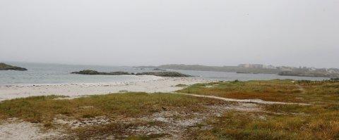 KAN ENDE OPP HER: Åkrasanden kan være en destinasjon for tømmeret som ble mistet i Nordsjøen natt til tirsdag. ARKIVFOTO: ALFRED AASE