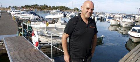 FULL HAVN: Uvant situasjon til 1. oktober å være for Jon Rådahl ved Stokken Marina. Det er fullt ved bryggene og glissent på opplagsplassen Foto: Rolf B. Gundersen (74)