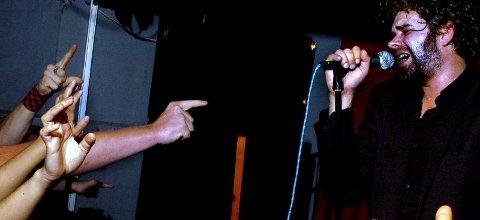 Fredrikstad-bandet Ricochets med vokalist Trond Andreassen i spissen ga alt da de serverte hjemmepublikummet en forrykende konsert på Hawk. Året var 2005.