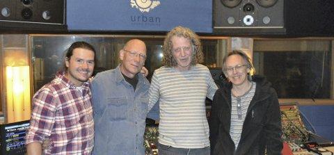 I URBAN STUDIOS: Adam Bielek f.v., Phill Brown, Bjørn Magne Hansen og Jack Loveband (eier av studioet i Oslo).