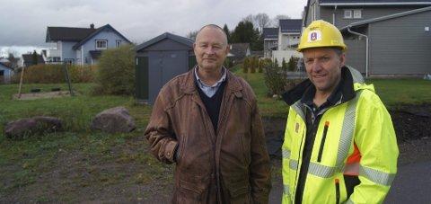 Bygger: Markedssjef i Vestfold Alf Weiseth (til venstre) og prosjektsjef Jan-Kristian Vedeler i JM Norge på Barkåker. Foto: Magnus Nilsen