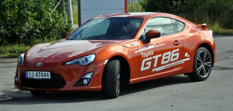 Toyota GT86 er en ordentlig sportsbil med masse kjøreglede.