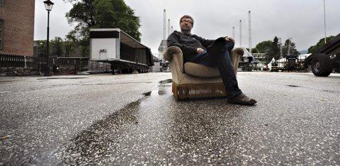 Kirketorget: - Det er så kult for Kongsberg at dette gikk så bra, sier festivalsjef Kai Gustavsen. Søndag var det knapt spor etter folkefesten som samlet 10.000 lørdag kveld. FOTO: JAN STORFOSSEN