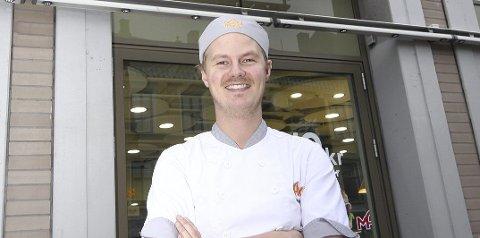 JAKTER: Fredrik Lindelöf er sjef for Max i Norge, og nå har han og kjeden startet jakten på ansatte i Nydal.