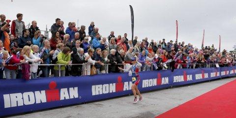 SLUTT FOR IDRETTSFESTEN? Ironman 2015 går i Haugesund, som planlagt. Deretter er det slutt, sier Ironman-sjef Ivar Jacobsen. Her fra målområdet under Ironman 2014. arkivFoto: Alfred Aase ¬