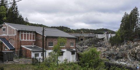 Verneverdig: Det over 100 år gamle kraftverket på Dalsfoss.Foto: Per Eckholdt