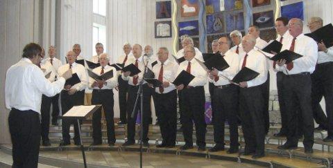 Brumunddal mannskor: Fra TV-sendt salmemaraton i Trondheim fredag, til første juledagshøymesse i Veldre kirke. Arkivfoto