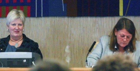 IKKE LETT: Det er ikke lett å sette opp et budsjett i Kommune-Norge om dagen. Det har rådmann Anne Skau og ordfører Ildri Eidem Løvaas i Oppegård kommune merket. ALLE FOTO: KARIN HANSTENSEN