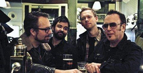 FIKK PRIS: Billy T. Band og gitarist Håkon Høye fra Tynset, Billy Troiani på bass, Ian Fredrik Johannesen på gitar og Alexander Pettersen på trommer fikk sin andre Spellemannprisn lørdag.