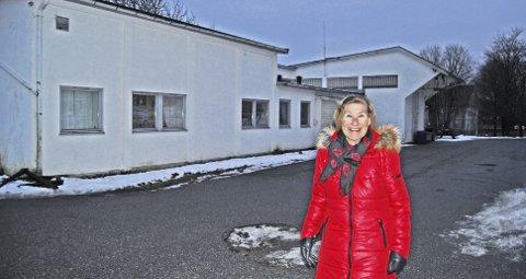 Først ute: 20 boliger for vanskeligstilte, kan utvalgsleder Frøydis Wroldsen i helse- og velferdsutvalget kvittere ut i løpet av 2015. Det hjelper bare et lite stykke på vei. foto: lill Mostad