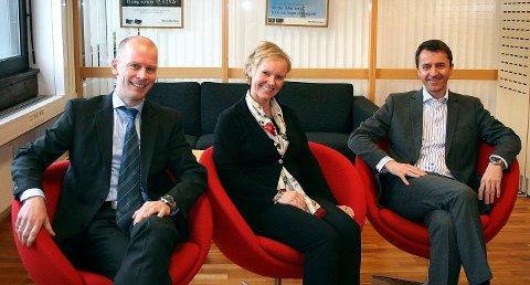 VEKST: Handelsbankens lokale sjefer er fornøyd med vekst lokalt. Fra venstre: Thomas Bjaaland Tresselt fra Sandvika, Turid Williksen fra Asker og Glenn Steinbø.