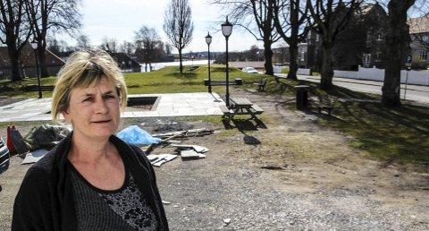 – Jeg har store forhåpninger til dette og håper at flere kan få opp øynene for kvalitetene til denne delen av byen, sier Astrid Kronborg som er bevillingshaver til kaféen.