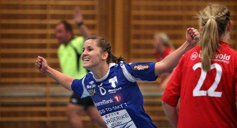 Kristin Bråthe hadde en god kveld for HK Rygge, med 11 scoringer mot Sarpsborg.