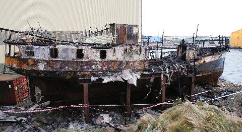 MS Svanøy dagen etter brannen.