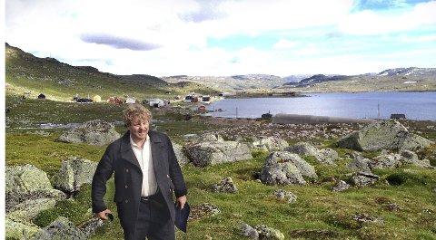 Barsk natur: Henrik Engelsviken har fotlatt det trygge, urbane liv i Oslo for å spille opera på naturskjønne Finse. Foto: Pål C Hansen