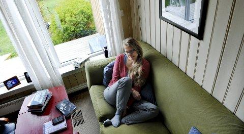 IKKE BITTER: Hun føler på sorg, men ikke bitterhet. – Jeg har funnet min måte å leve på, sier Anne-Helene.
