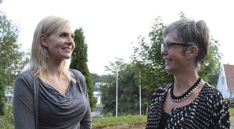 Ønsker mer forskning: Esther Færaas Knutsen (t.h.) var en av flere borreliasyke som deltok på møtet som Inger Eriksen hadde tatt initiativ til. foto: tone lütcherath