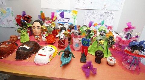 KREATIVT: Noen av produktene kunstgruppen har lagd denne uken.