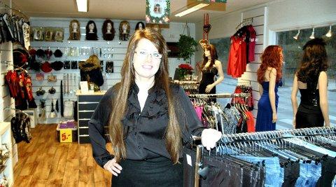 5f5d1d80 Monica Engen er daglig leder i forretningen som ligger ved Storveien på  Gressvik.