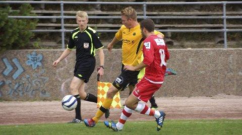 Fabian Stensrud Ness skrev torsdag (2. juledag) under på ny kontrakt med Moss Fotballklubb.