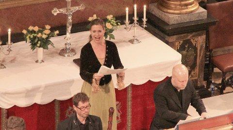 SOLIST:  Anne-Carolyn Schlüter  har vært en viktig drivkraft i Kongsbergs musikkmiljø i flere år. Hun var en av solistene i kirken søndag.