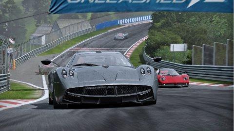 Masse lekre bilmodeller å velge blant i Shift 2: Unleashed, som Pagani Huayra og Pagani Zonda.
