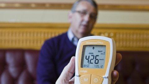 Per-Kristian Foss (62) lærte etter et slag i vinter betydningen av å ta kolesteroltesten.