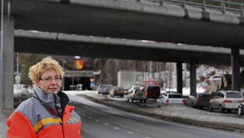 Ligger fast Kravene om et nytt tunnelløp i Mosseporten og ny firefelts innfartsvei med ny bro ligger fast ved full utbygging, sier Turid Stubø Johansen i veivesenet.