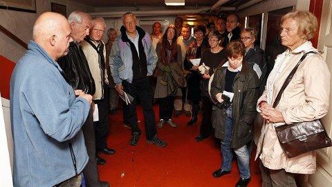ÅPENT HUS: Mange møtte frem for å se Polhøgda, Fridtjof Nansens bolig på Lysaker. FOTO: KNUT BJERKE