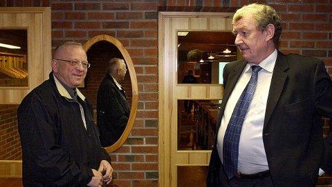Paul Erik Krogsvold (til venstre) er nyvalgt styreleder i Movar, og får 90.000 i godtgjørelse året, ti prosent av direktør Erling Bergs lønn. Representantskapet har vedtatt å fryse styrehonorarene og frikoble dem fra direktørens lønn.