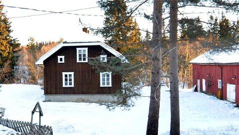 Flere av bygningene på Kinnerud gård, som eies av Drammen kommune, er verneverdige.