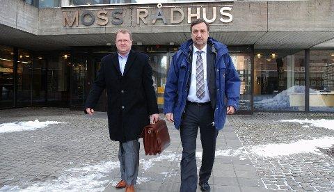 Mogens Jensen (t.h.) fra Assa Aboy og adm.dir. Leif Lippestad fra TrioVing stilte på møte med Moss kommune i går uten at det endret noe som helst på selskapets flytteplaner.