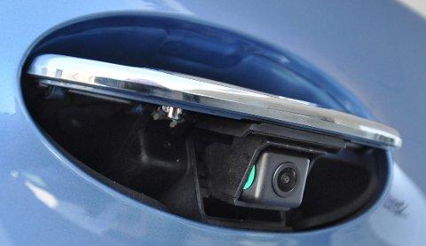 Å skjule ryggekameraet i baklukeåpneren har Hyundai rappet fra VW Golf.