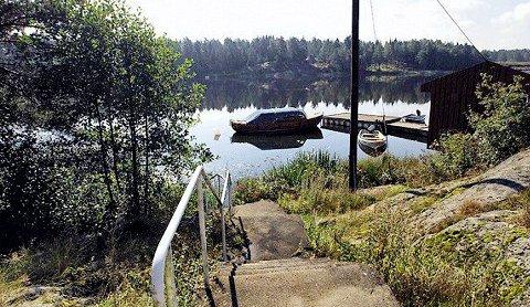 Dillingøy ligger idyllisk til ved Vansjø og innbyr til friluftsliv.