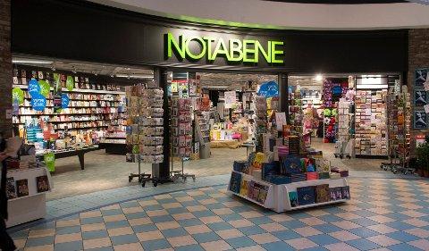 Butikken på Torget Vest. I Drammensregionen er det i dag 10 Notabene-butikker. Av dise forsvinner tre.