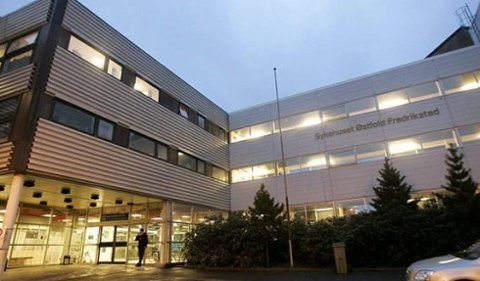 Flere av datasystemene ved sykehuset skal fremdeles være ute av drift