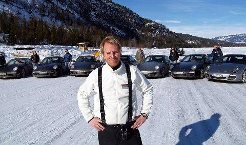 Bildet er tatt under en dag med Porsche-kjøring på Solevannet i 2010. Foran leder av Trackday.no, Alexander Mørk.