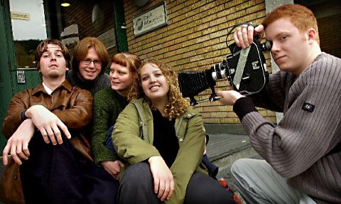 <b>Årets filmklubb</b> Fra venstre Remi Hoven, Frode Andersen, Ane Sjuls, Ane Storås og Rune Berge, alle elever ved Danvik Folkehøgskole.