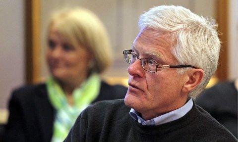 Kjell Kåsin varsler at Moss Høyre vil stille krav til kompetanse, organisering og økonomi. – Det kan ikke utelukkes at utredningen vil ende med at parlamentarisme vrakes, og at formannskapsmodellen videreføres, sier han.