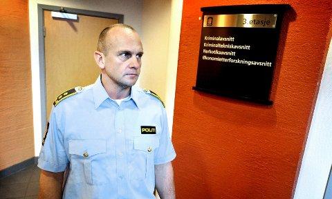 Politiadvokat Jarle Vist ved Søndre Buskerud politidistrikt tar selvkritikk i bedragerisaken mot Martin Kolbergs stedatter. – Vi burde gjort mer i første runde. Jeg er enig med det statsadvokaten sier når han ber oss se på saken på nytt, sier Vist.